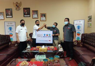 Pemkot Terima Bantuan 1.100 APD dari Nestle