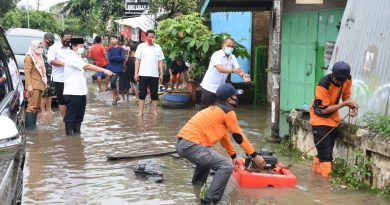 Tinjau Banjir, Walikota Herman HN Kerahkan Puluhan Petugas BPBD