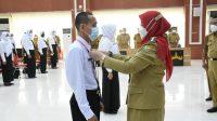 CPNS. Walikota Bandar Lampung, Eva Dwiana secara simbolis membuka pelatihan dasar untuk 160 CPNS yang ada dilingkungan Pemerintah Kota (Pemkot) Bandar Lampung, pada Senin (24/5). FOTO. DOK