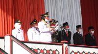HUT RI. Walikota Bandar Lampung, Eva Dwiana saat menjadi Inspektur Upacara, pada peringatan HUT RI ke 76 Tahun, pada Selasa 17 Agustus 2021, di Halaman Kantor Pemkot Setempat. FOTO. IST